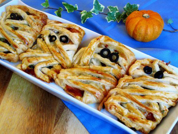 pumpkin pizza mummies