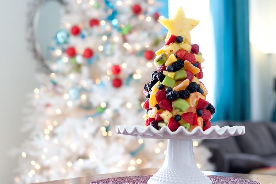 Tasty-Kitchen-Blog-Fruit-Christmas-Tree-13