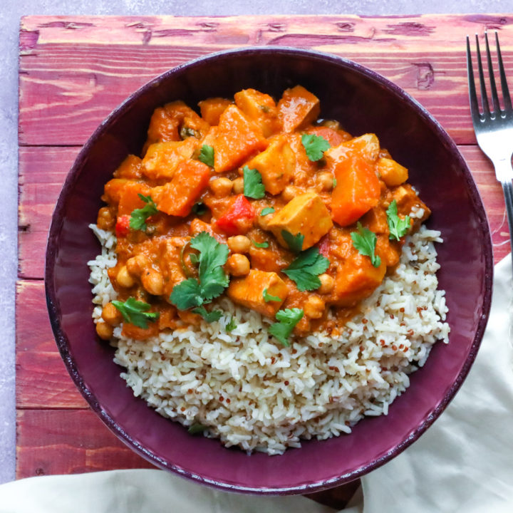 Sweet, Creamy Paneer & Chickpea Curry