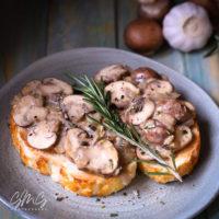 Creamy Vegan Mushroom Toasts