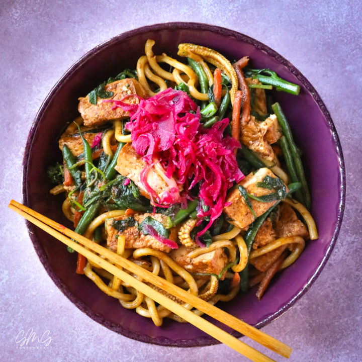 Stir Fry Vegetables with Tofu & Udon Noodles