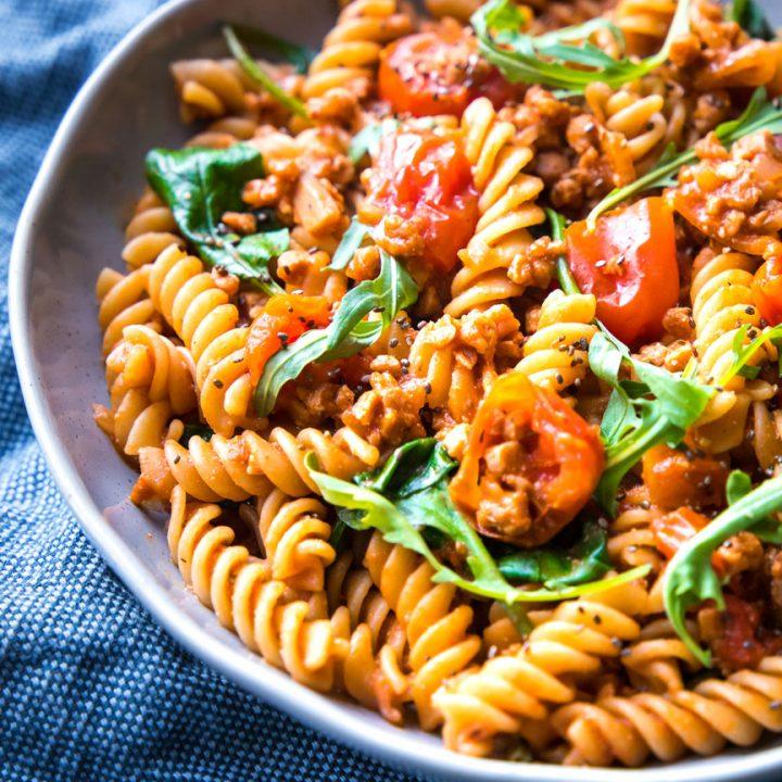 15-Minute Vegan Ragu made with Fragrant Tomato & Basil