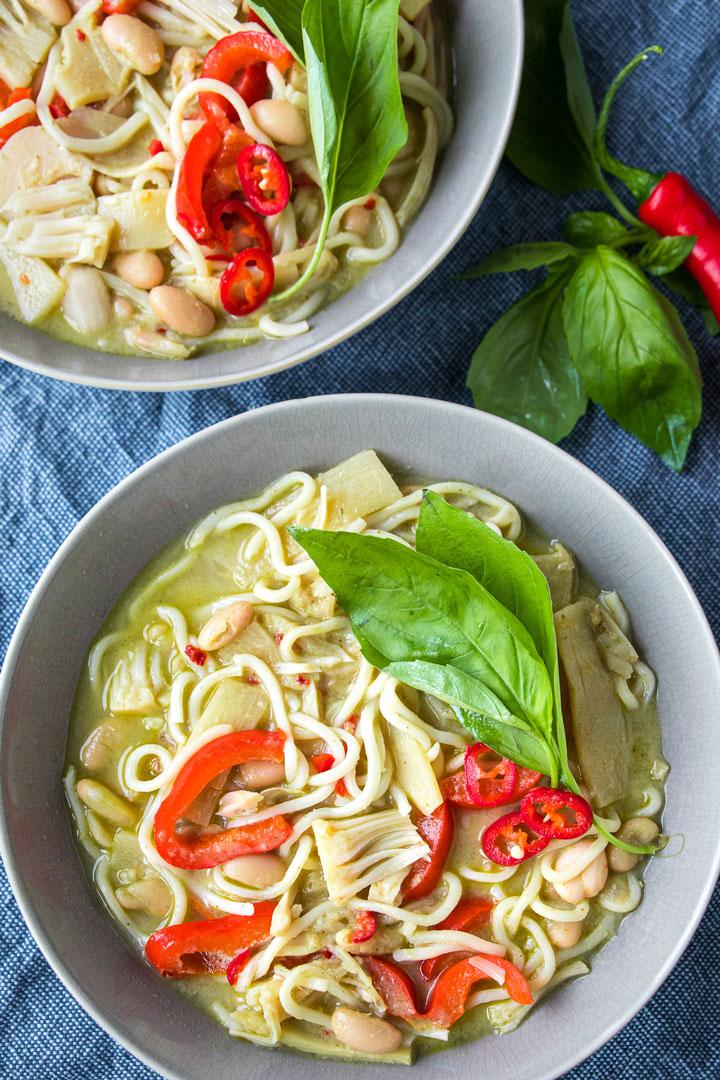 green-thai-curry-noodles-stew